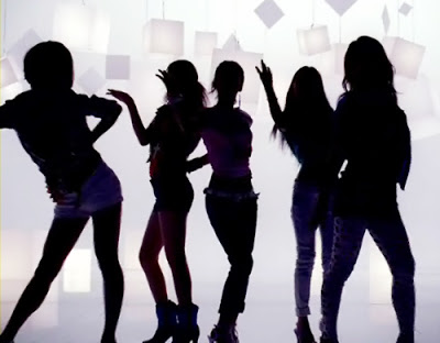 Singers for girl group in Chicago