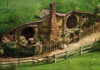 Casting call for Little Person to host Hobbit Homes
