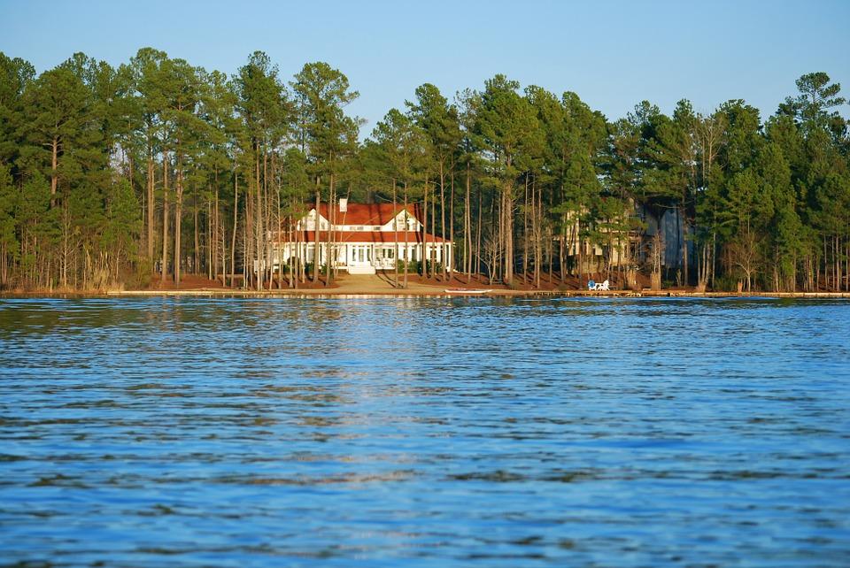 Lake House renovation show