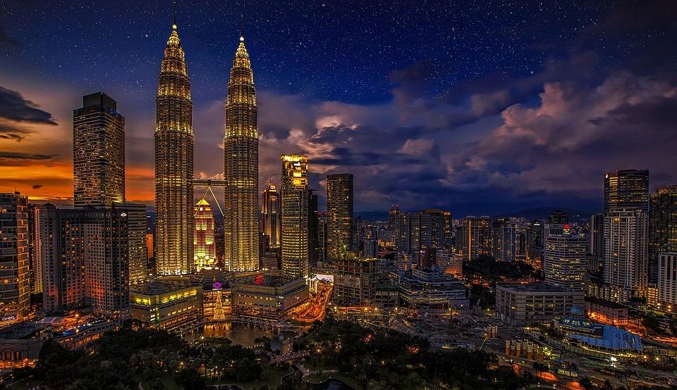 Twins Petronas Twin Towers Malaysia Kuala Lumpur